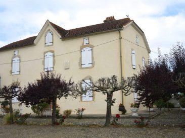 Maison à Labatut-Rivière