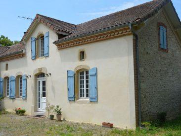 Réhabilitation d'une maison ancienne à Lascazères