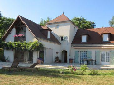Maison de style Béarnais à Sombrun